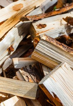 колотые дрова из сосны