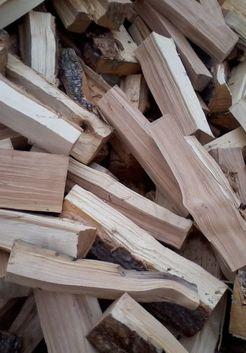сухие березовые дрова летом